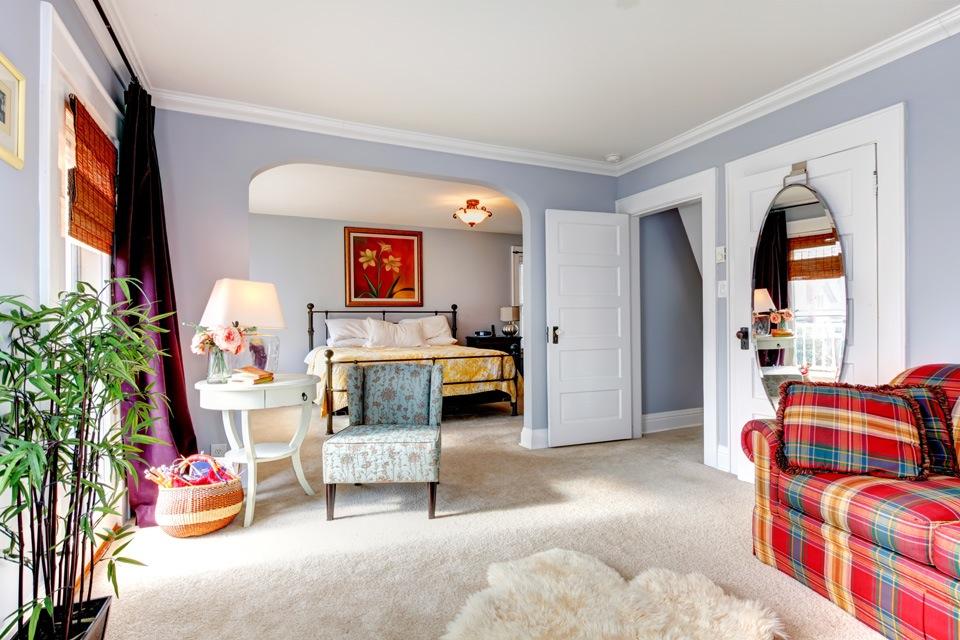 beige tapijt slaapkamer