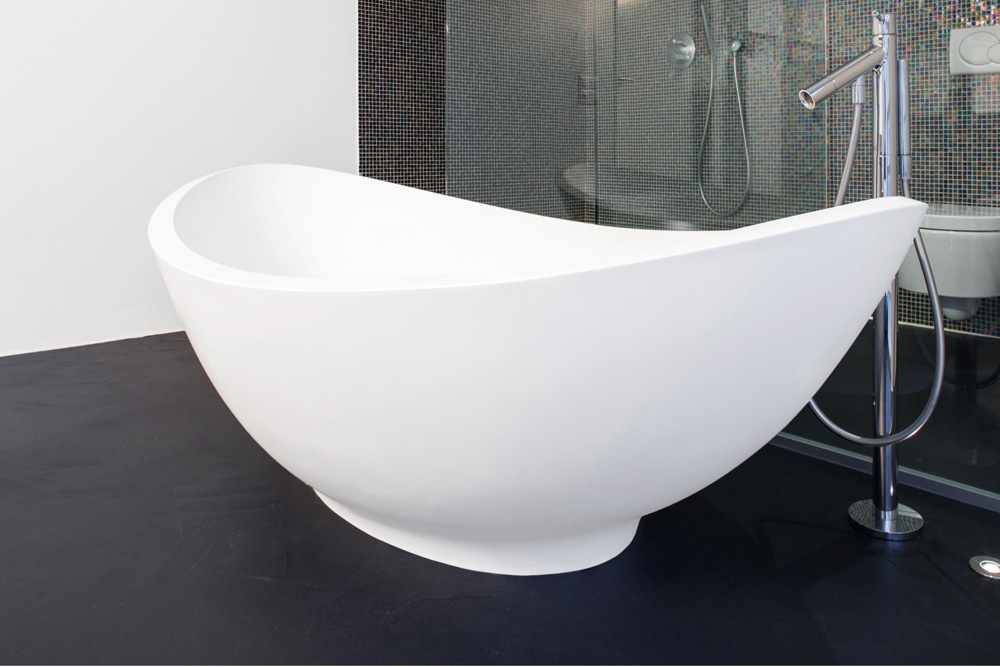 Een gietvloer in de badkamer inspiratie en informatie - Badkamer vloer ...