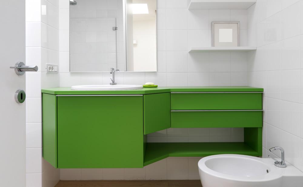 Badkamer Hout Op Maat: Badkamerinrichting wit grijs met hout en blauwe ...
