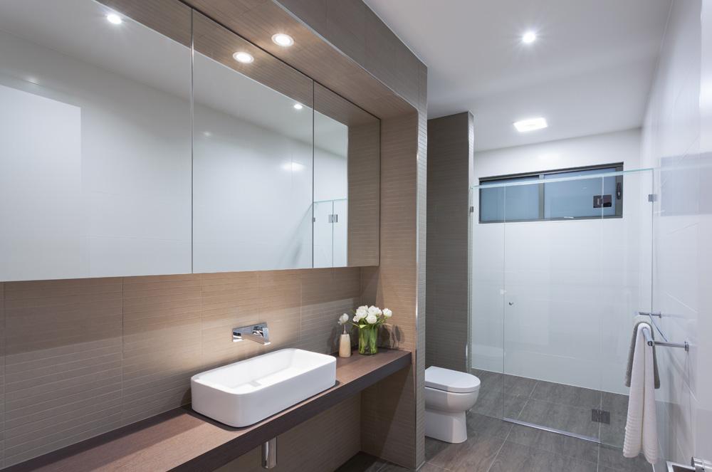 LED badkamerverlichting Eisen, soorten en kosten badkamerverlichting