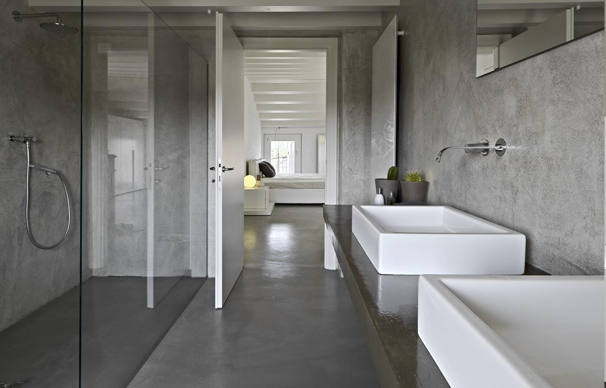 Betonlook in de badkamer: materialen & hun eigenschappen