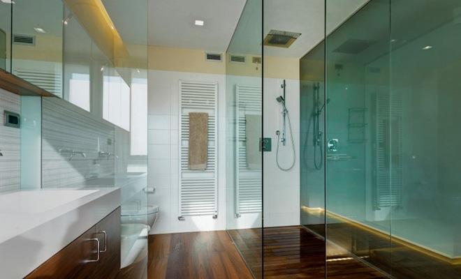 Douche dorpel natuursteen home design idee n en meubilair inspiraties - Wandbekleding voor wc ...