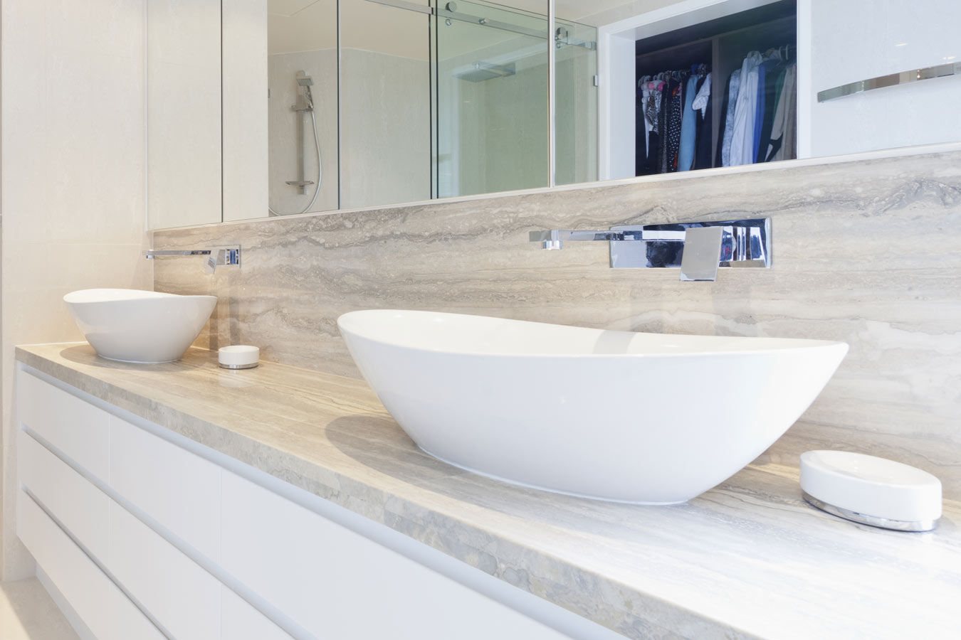 Badkamermeubel kopen tips en inspiratie - Plaat bad ...