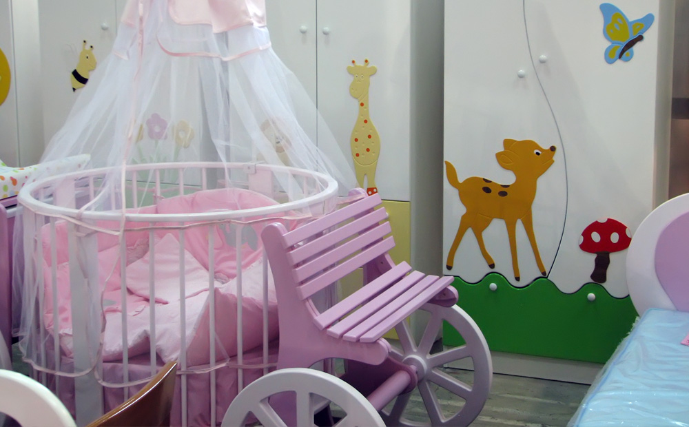 babykamer bed