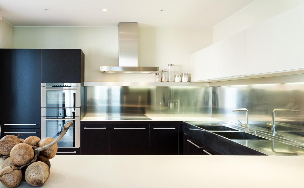 Industriele Keuken Ikea : Spatwand keuken: Materialen en hun eigenschappen
