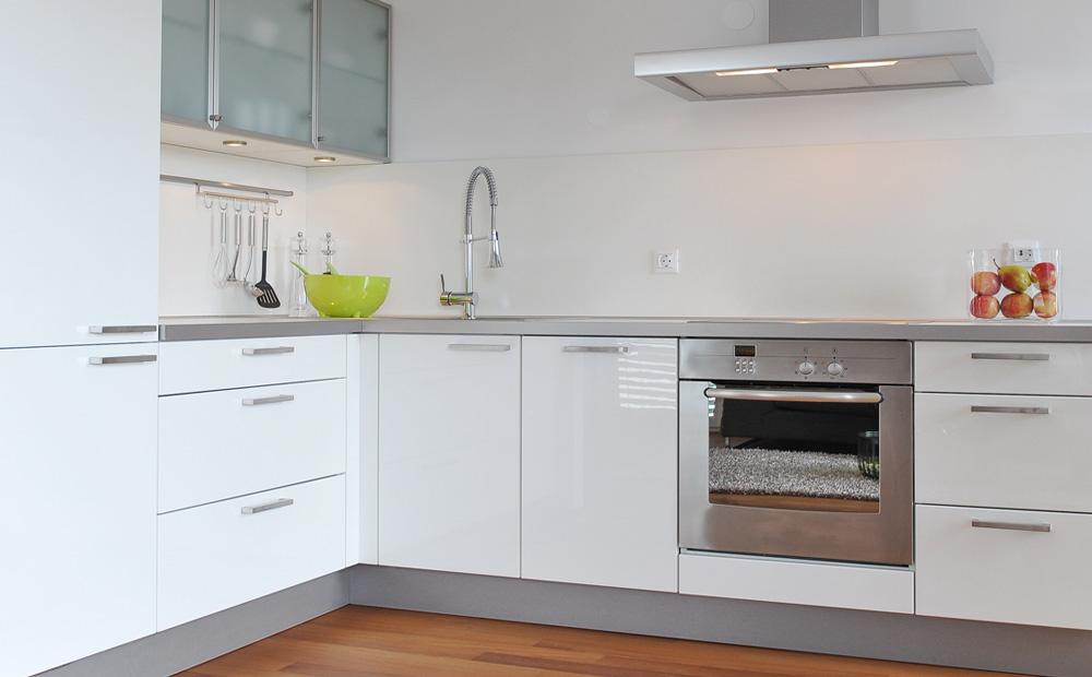 Keukens op maat inspiratie prijsadvies - Keuken kleine ruimte ...