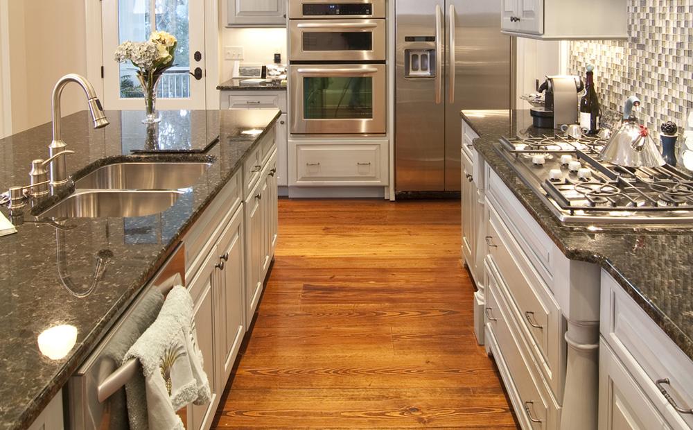 Graniet werkblad in de keuken soorten voorbeelden - Werkblad graniet prijzen keuken ...