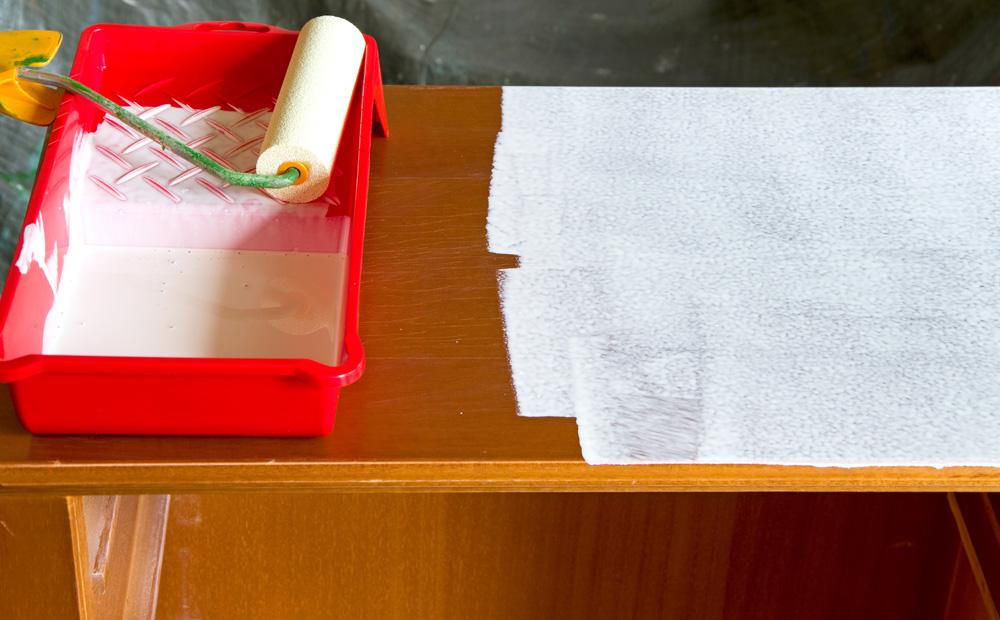 Witte Keuken Schilderen : grondlaag keukenkasten