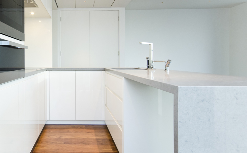 Keuken Witte Kleine : Graniet werkblad in de keuken: soorten & voorbeelden