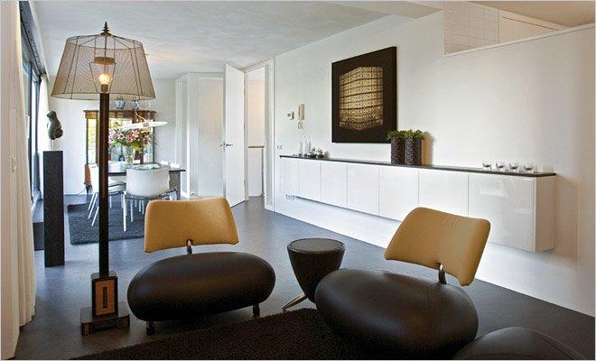 Woning met atelier en werkruimte inrichting door coen van ham - Moderne eetkamer en woonkamer ...