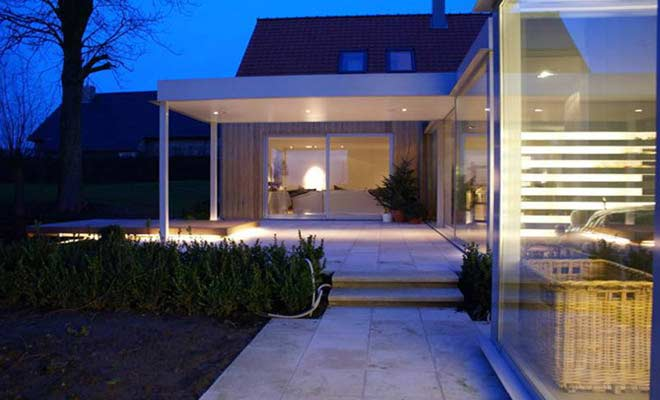 Boerderij renovatie moderne hoeve met landelijke inrichting - Uitbreiding huis glas ...