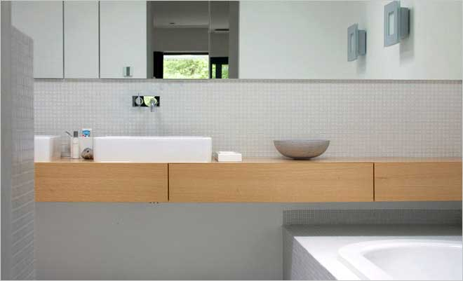 Moderne villa inrichting door d o o s interieur vormgeving - Moderne luxe badkamer ...