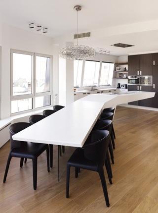 Design penthouse inrichting in antwerpen elft interieur - Keukentafel corian ...