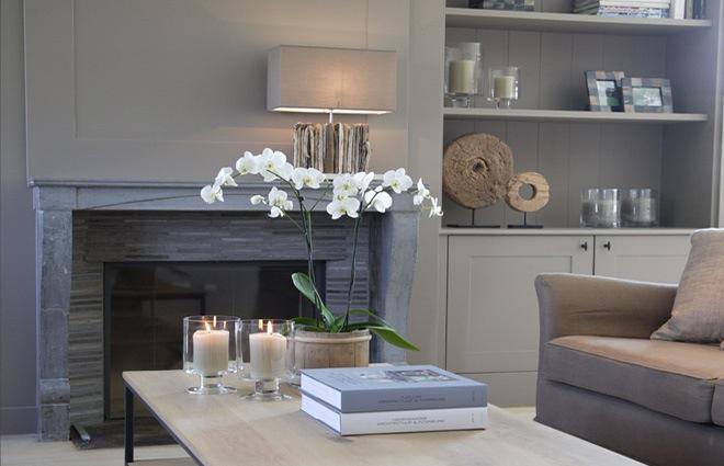 Landelijke villa inrichting met een landelijk strak interieur - Moderne eetkamer en woonkamer ...