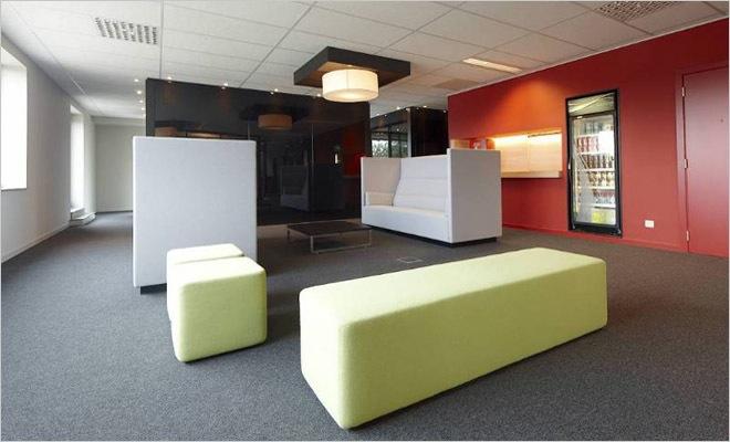Kantoorinrichting Consultancy Bureau : Kantoorinrichting met interieur volgens de huisstijl van het