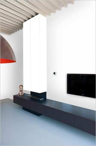Kove interieurarchitecten industrieel interieur in moderne staalbouw woning - Badkamer scheiding ...