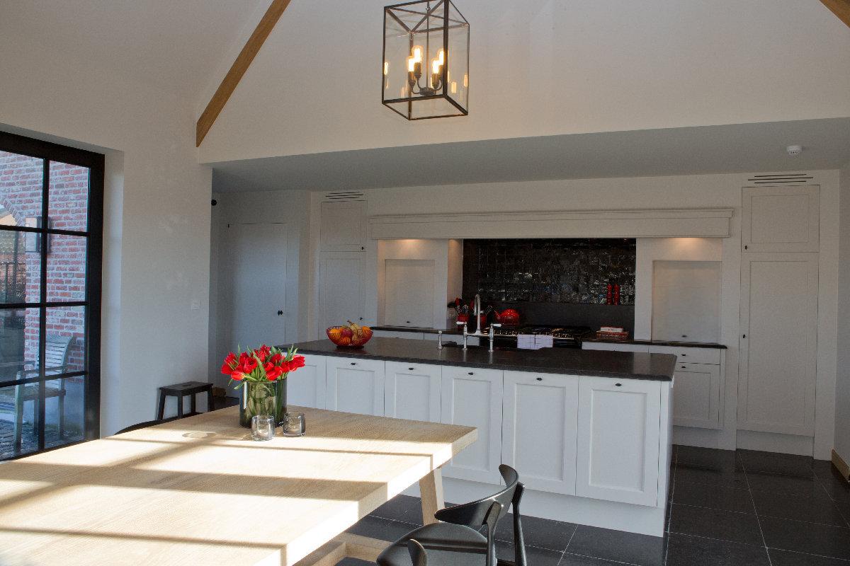 Landelijke woning met strak interieur binnenkijken for Landelijke accessoires