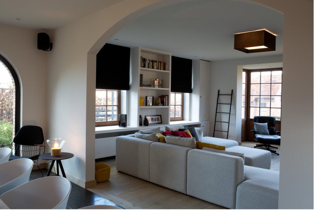 Zwarte interieur inrichting for Interieur inrichting