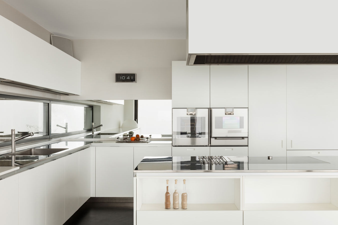Das layout und design für die küche wohnzimmer von