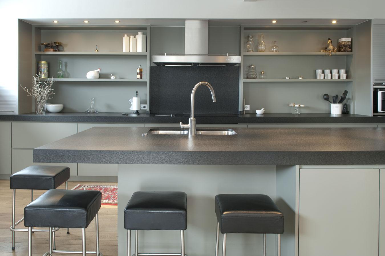 Keuken Met Beton : Een keukenblad in beton voor nadelen