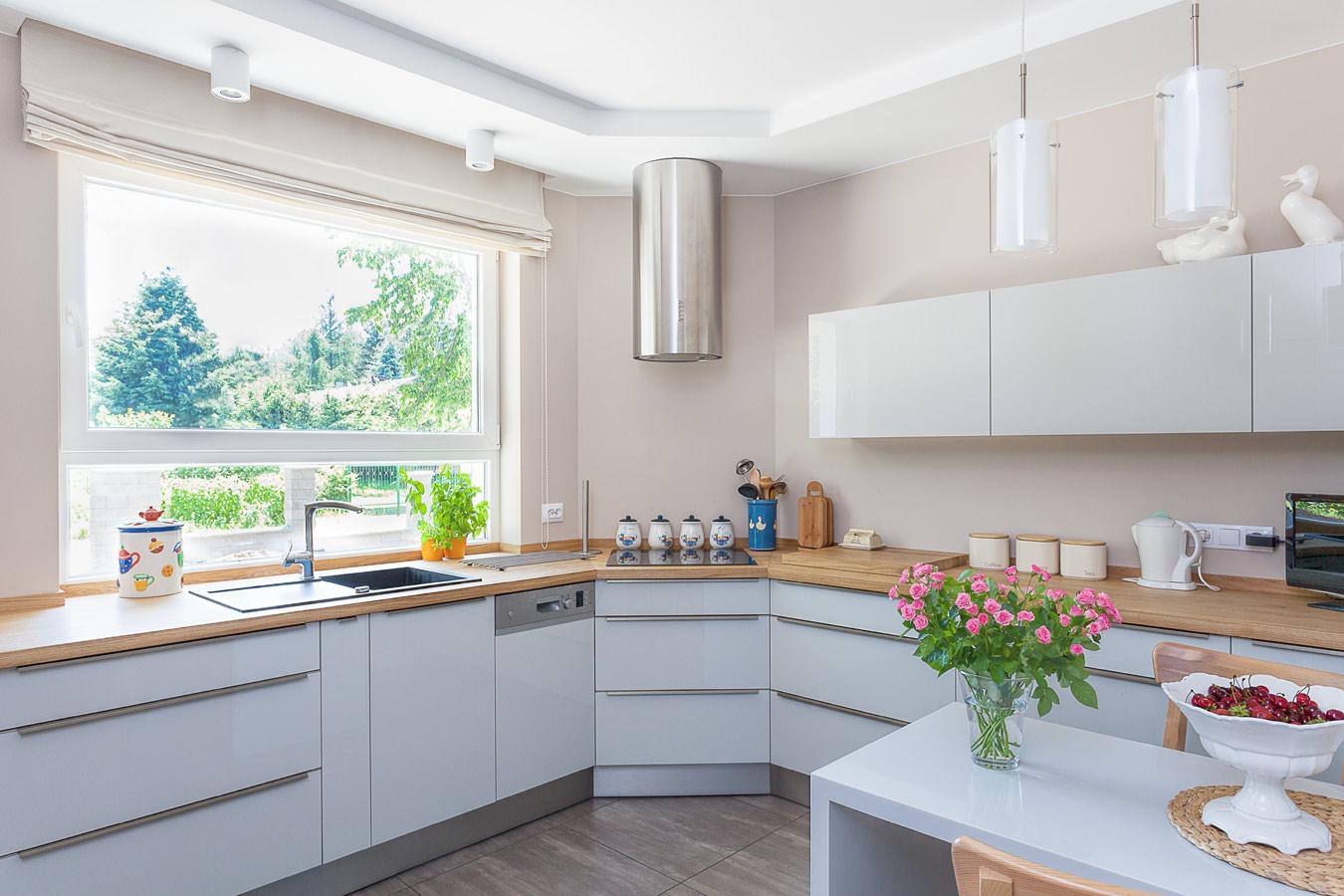 Keuken Eiken Werkblad : Grijze keuken met eiken werkblad