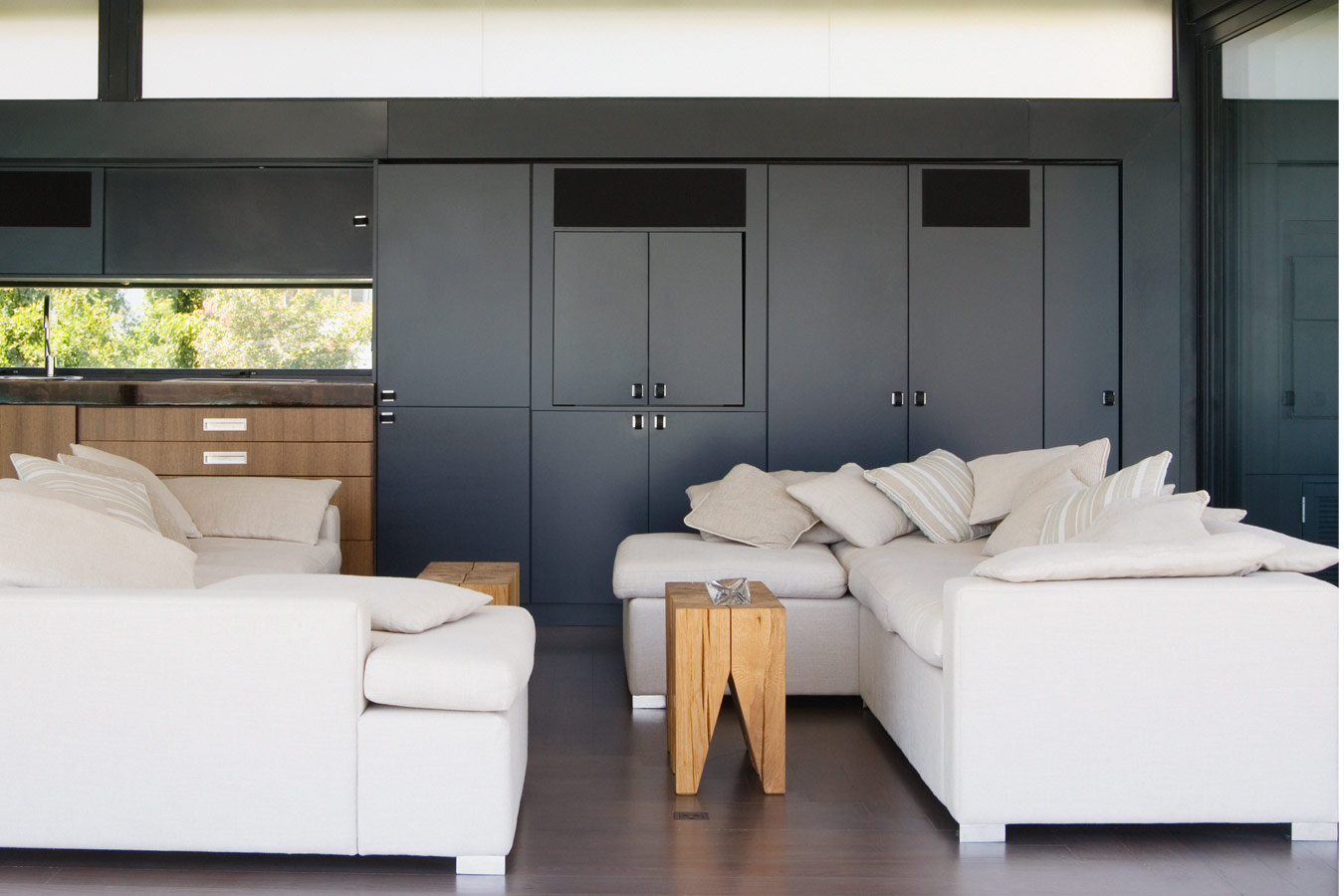 Idee n voor een moderne woonkamer inspiratie for Moderne villa decoratie
