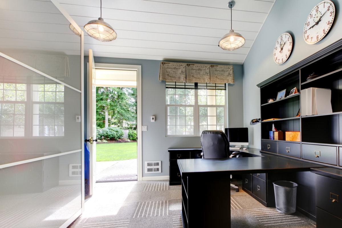 pvc plafond plaatsen mogelijke uitvoeringen en prijzen per m2. Black Bedroom Furniture Sets. Home Design Ideas