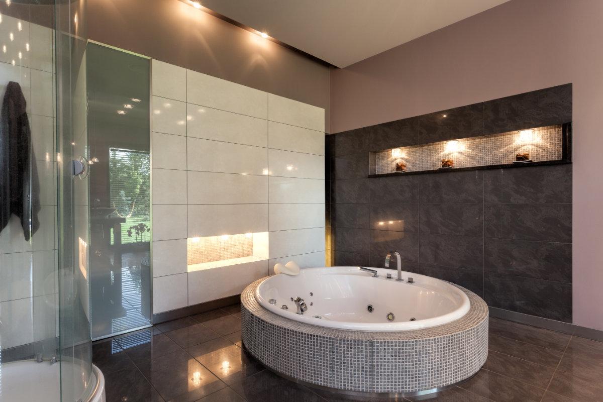 Bubbelbad in de badkamer plaatsen: info en aandachtspunten