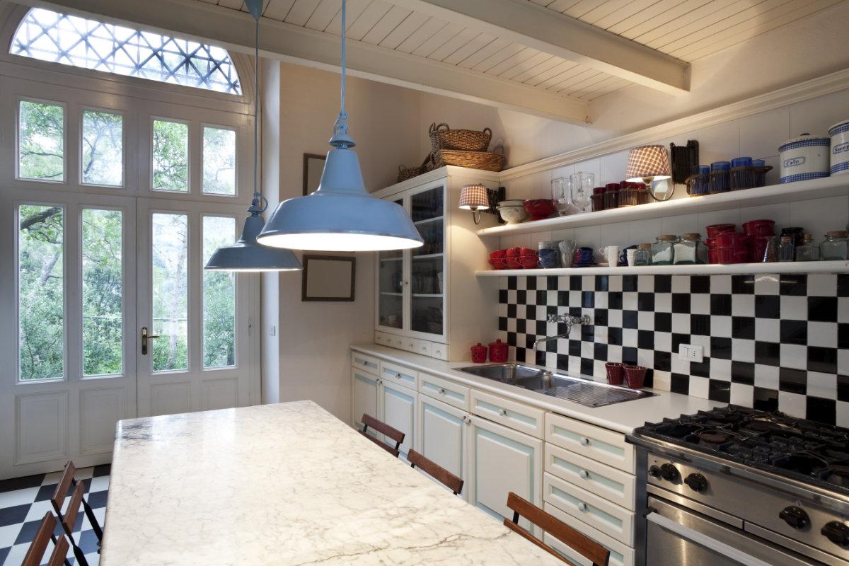 Spatwand Keuken Inox : Goedkope keukens: tips en inspiratie Interieurdesigner