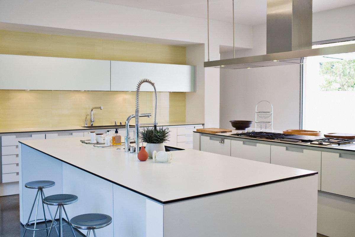 Goedkope keukens tips en inspiratie interieurdesigner for Cuisine 7m2 avec ilot
