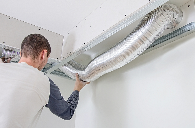 Radiaal Ventilator Badkamer : Badkamer verluchten: tips badkamerventilator plaatsen